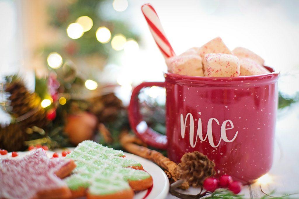 christmas-3872053_1280