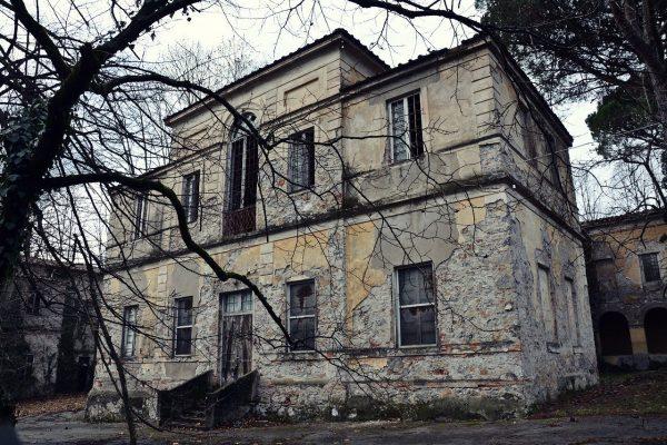 former-lunatic-asylum-2812589_1280
